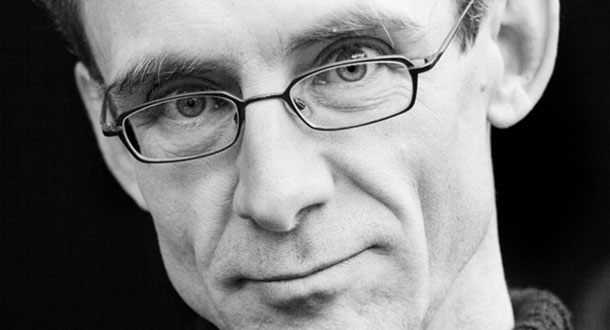 chuck palahniuk research paper Substantial cult following and a number of academic studies devoted to his work 27 chuck palahniuk's career developed slightly differently, given that his debut.