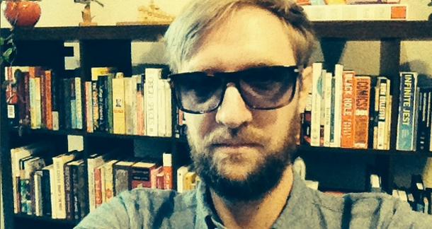 Heard of 'Selfies'? The Next Big Thing: 'Bookshelfies'