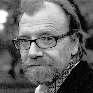 puppy by george saunders Below is the full transcript of george saunders' commencement address  is  hard — it starts out all rainbows and puppy dogs, and expands to.
