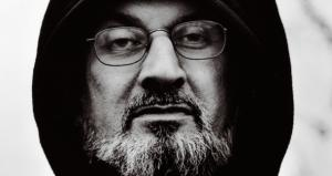Salman Rushdie Uses Goodreads, Is Old