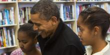 President Obama & Daughters Indie Bookstore Small Business Saturday