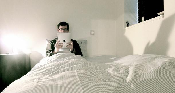Is Your eReader Keeping You Up At Night?